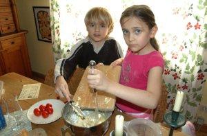 Τα παιδιά του Μάικλ Τζάκσον Πάρις και Πρινς μαγειρεύουν