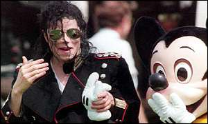 Michael-and-Mickey-Mouse-michael-jackson-24254848-300-180