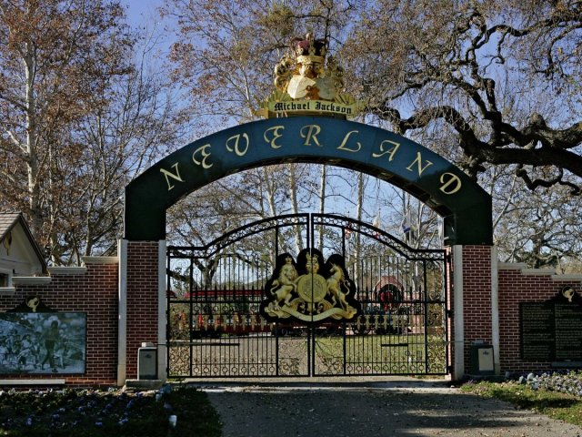 Michael Jackson Neverland entrance