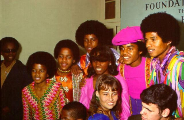 24dec 1972 Foundation for the Junior Blind in Los Angeles California for 1000 visually impaired children