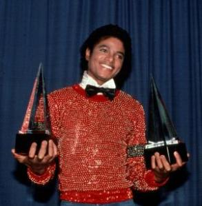 LOS ANGELES, CA - CIRCA 1981: Michael Jackson receives American Music Awards circa 1981 in Los Angeles, California. (Photo by Images Press/IMAGES/Getty Images)