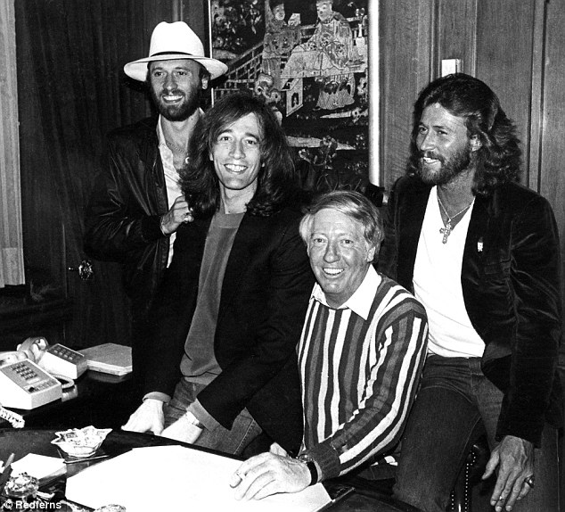 2fcce3ce00000578-3384791-legendary_manager_robert_was_best_known_for_managing_the_bee_gee-m-50_1451963735720