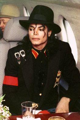 ryan_white__s_funeral_-jackson-in-plane-to-white-funeral